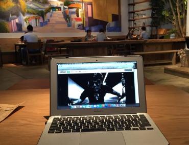 万博記念公園「RHC CAFE 大阪店 (アールエイチシーカフェ)」で打合せと動画作成を行ってきました。 |  ReMPLIR LEATHER(ランプリール・レザー)